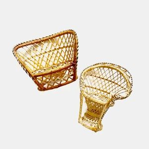 Set of 2 Mini Peacock Wicker Chair Plant Stands